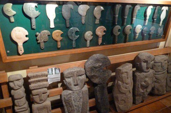 artesania mapuche, simbologia mapuche en piedra.