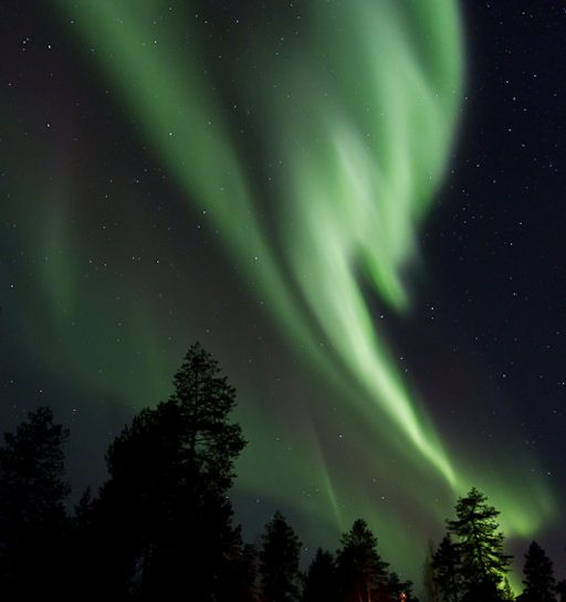 FIRST AURORAS OF DECEMBER: In the Finnish Lapland