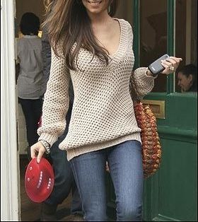This sweater is everything!  Love the neutral color and fit