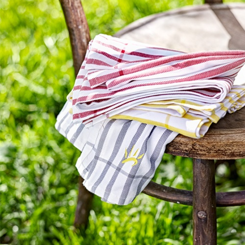 ENJO Bamboo T-towel. Softer, greener and more absorbent than its cotton counterparts, the bamboo-based fibre dries dishes, cutlery, glasses, cookware and more.
