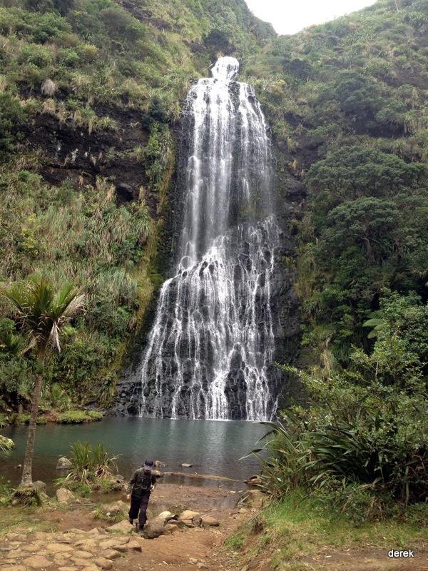 Karekare Falls, looks like Kitekite Falls in Piha