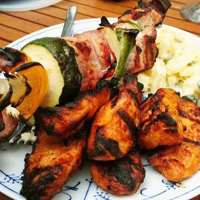 #lowcarb #lchf #bbc #bbq #grill #meat #vegetables #beef #chicken #fun #焼肉 #肉 #牛肉 #鶏肉 #パーティー #野菜 #グリル #友達 #ベーコン #春 #ズッキーニ #パプリカ #美味しい #美味しかった #うまい