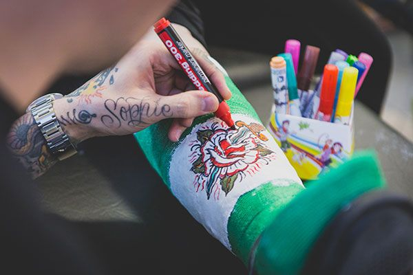 """Really like the initiative """"Tattoo shop the Plaster Room"""". A popup tattoo shop where children can get their """"tattoo"""" on their plaster made with edding markers. With one goal: to make children happy! This was done in the Sophia Children Hospital in Rotterdam, The Netherlands"""