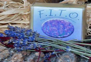 F.I.T.O. Szappanok - Természetes, kézműves háziszappan levendulával.Információ: info@fitoszappan.hu