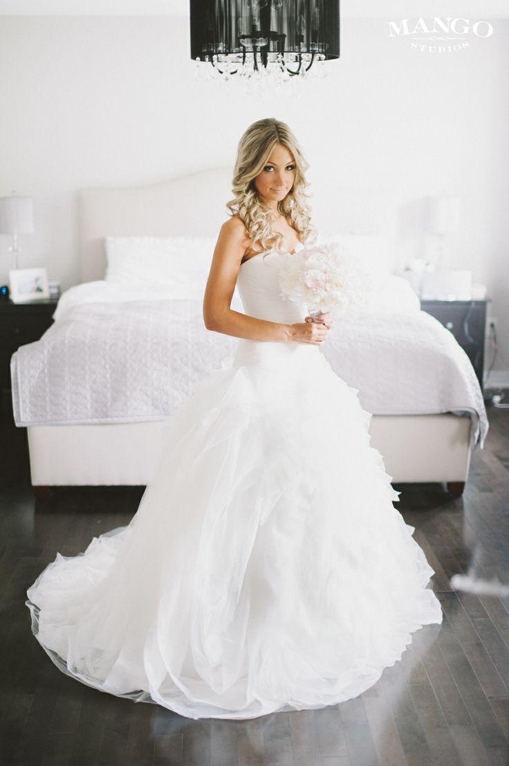 #dress #hair #bride #weddings #inspiration #curls #mangostudios photography by Mango Studios