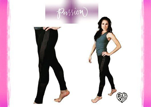 Check out our supple yet strong 💪 trademarked Dancetech fabric featured in these pair of knock 'em dead leggings. A classic funky favorite, you'll find a reason to wear these everyday everywhere! Only available online (link in bio) 📲 . . . . . #funkydiva #active #fashion #legging #tank #dancewear #workout #workoutgear #fitness #fitlife #fitlifestyle #fitspo #fitinspiration #fitnessaddict #instafit #instafitness #Zumba #cardio #yoga #running #cize #piyo #hiphop #hiphopdance #pilates