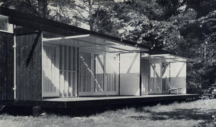 El proyecto nació cuando Niels Bohr preguntó a Wohlert si podía ayudarle en la restauración de su casa, el trabajo también implicaba el dis...