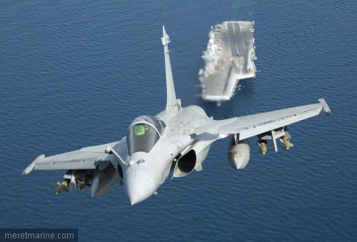 A Rafale from the aircraft carrier Charles de Gaulle.  Credit: ALEXANDRE PARINGAUX.