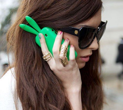 Green bunny ears...: Ears Phone, Favorite Color, Refreshing Green, Green Themed, Green Bunny, Bright Colors