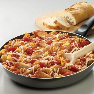 Skillet Chicken Parmesan and Pasta ... only five ingredients and ready in just 30 minutes!