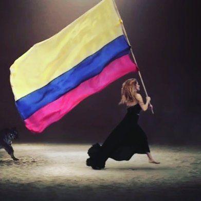 Shakira ♦♦ Y hoy juega la selección Colombia en Barranquilla  Mucha suerte !!❤ Shakira  ♦♦ 29/03/2016