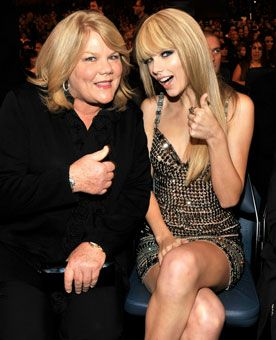 Taylor Swift Mom and Dad | taylor swift photos - USATODAY.com Photos Her Mother found out she had cancer.