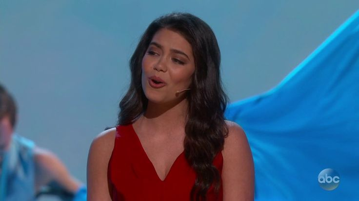 Sixteen year old Auli'i Cravalho performs 'How Far I'll Go' from Moana at the Oscars https://www.youtube.com/watch?v=7qzKbOXw4D8 #timBeta