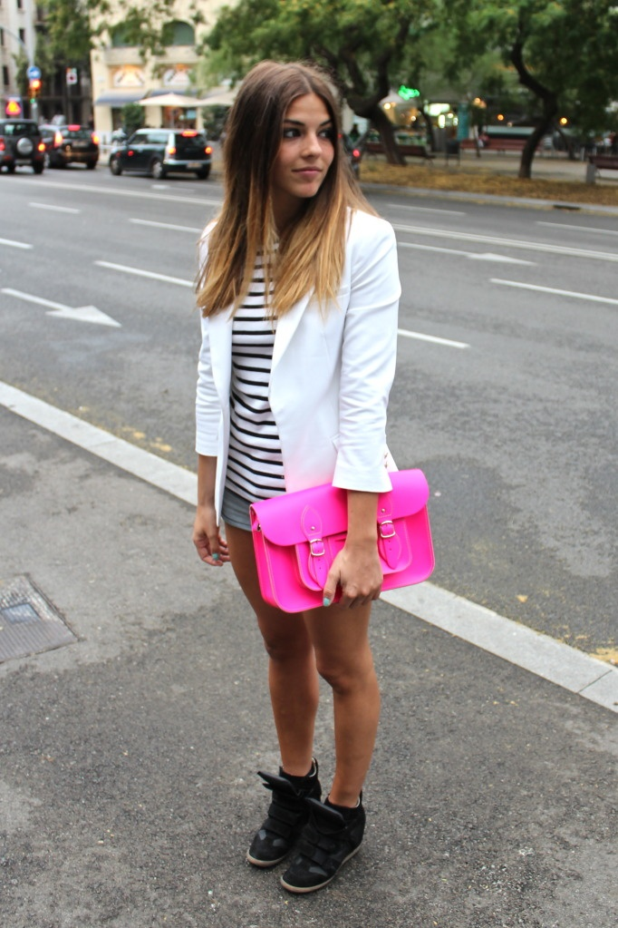 me gusta!!!: Style, Clutches, Wedges Outfit, Blazers, Sneakers Steve, Img 7659 Jpg Pictures, Neon Pink, Capsule Wardrobes, Styles