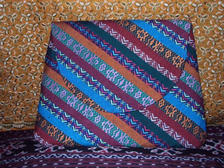 clutch kain tenun 'indonesian etnic'