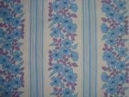 Retro Danish bed linen from the 70s. #trendyenser #retro #danish #bed #linen #1970 #70s #dansk #pudebetraek #sengetoej #sengelinned #betraek From www.TRENDYenser.com SOLGT/SOLD