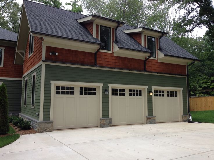 27 best carriage wood garage doors and carriage composite for Arts and crafts garage