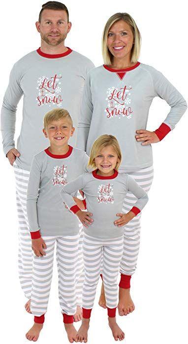 2fd5766570 Amazon.com  Sleepyheads Holiday Family Matching Winter Snowflake Pajama PJ  Sets - Mens (SHM-5012-M-XL)  Clothing