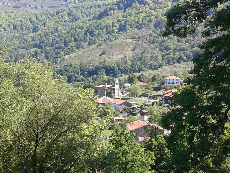 Pueblo de ca edo de soba cantabria espa a casa arco for Casas de pueblo en cantabria
