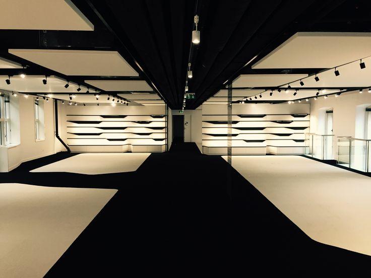 Location: Lancaster Showroom, Paris, France