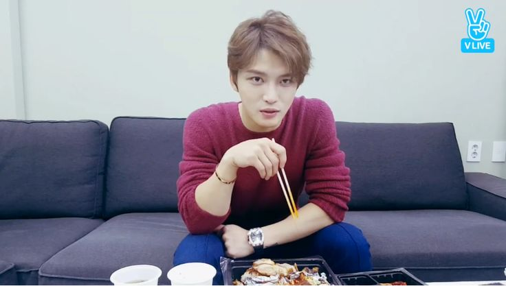 🎬JaeJoong🦋재중  171013 V-Live: Introduce Kim Jaejoong Fan Meeting's Ideas -