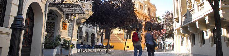Visita los barrios de Santiago y descubre los atractivos turísticos que París Londres tiene para ti.