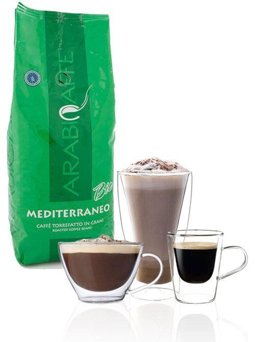 Arabicaffe Bio 1kg  Arabicaffè Mediterraneo Bio: 1kg De Arabicaffè Mediterraneo Bio van gecontroleerde en ecologische teelt laat de kunst van het Italiaanse koffiemaken zien. De 100% arabicabonen worden op grote hoogtes geteeld waardoor de koffie fijner en waardevoller wordt. Hiermee zet je een krachtige koffie met een uitstekende grijs-bruine crèmelaag (typisch voor een bio-koffie) en een laag cafeïnegehalte: een overtuigende smaak met een bloemig en fruitig zuurtje expliciet geschikt voor…