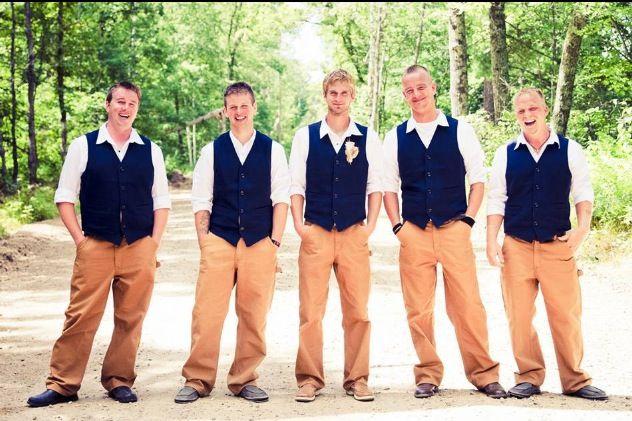 Boys wear Carhartts! #rusticwedding
