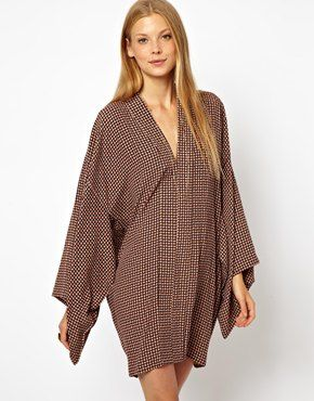 Obsessed with the dress: ASOS Kimono Dress In Geo Print