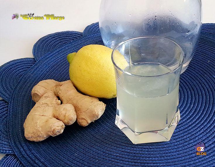 LIMONATA ALLO ZENZERO FRESCO,una fantastica bevanda rifrescante .La limonata allo zenzero è una bevanda particolare il sapore aspro dei limoni e lo zenzero