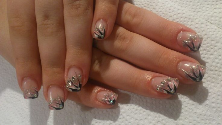 Nails 12.