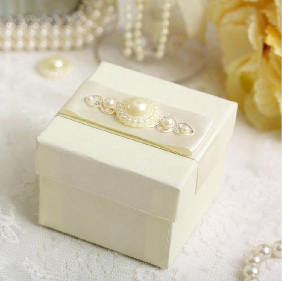 100 pcs White Square Wedding Candy Box  with silk ribbon and pearls in three colors , Wedding Favor Candy Box , Party Favor Box , gift box