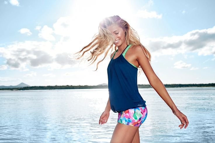 Asana Active Mesh Tank in Ink and Core-S Tight in Carnival print