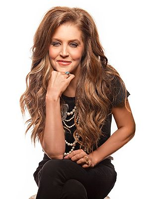 Lisa Marie Presley's Slim-Down: I'm at My Teenage Weight - Diet & Fitness, Bodywatch, Celebrity Weight Loss, Elvis Presley, Lisa Marie Presley, Michael Lockwood, Riley Keough : People.com / March 29th, 2014 http://www.people.com/people/article/0,,20801527,00.html