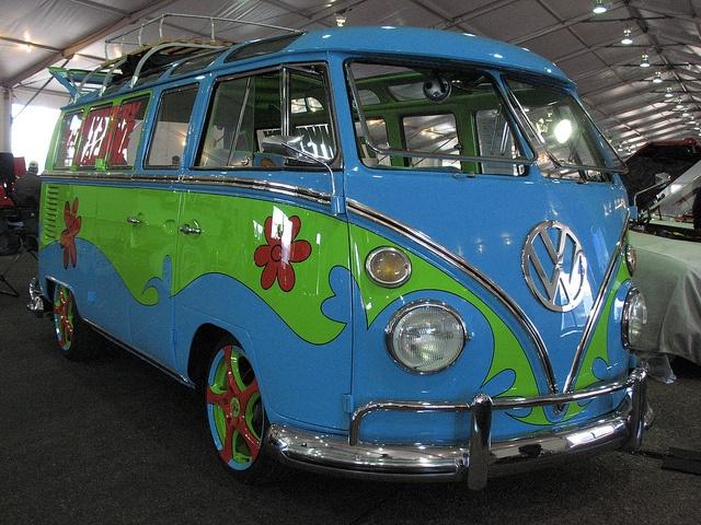 Mystery machine by kre8tyve via flickr vw microbus dessin anim dessin et anim - Scooby doo voiture ...