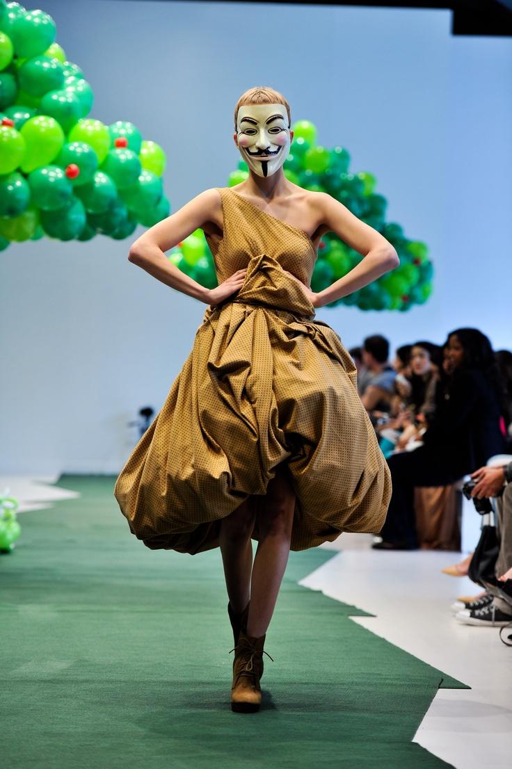 www.adrianwu.com #fashion #design #style #gowns #dress #dressmaking #art #runway #photography #models #adrianwu
