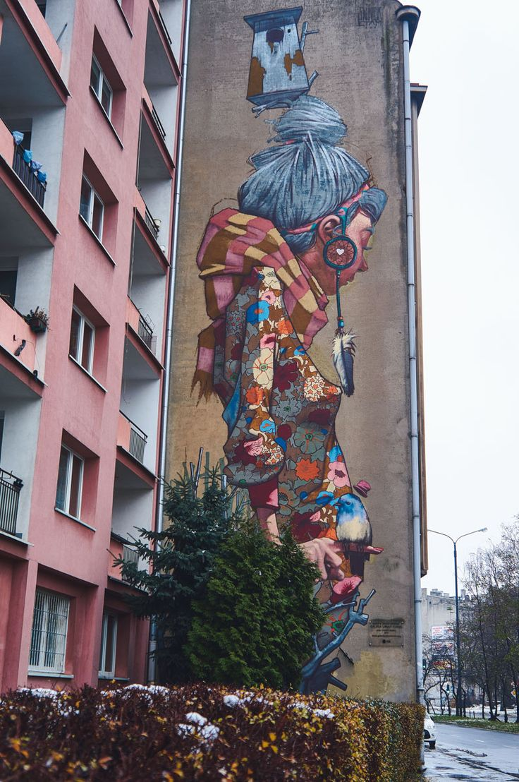 Primavera mural by Sainer in Lodz, Poland | Street Art in Lodz Tips and map for finding the best street art murals in Lodz, Poland | Street Art in Europe | Poland Urban Art | Best Cities for Street Art | Polski Street Art | Graffiti Art in Lodz