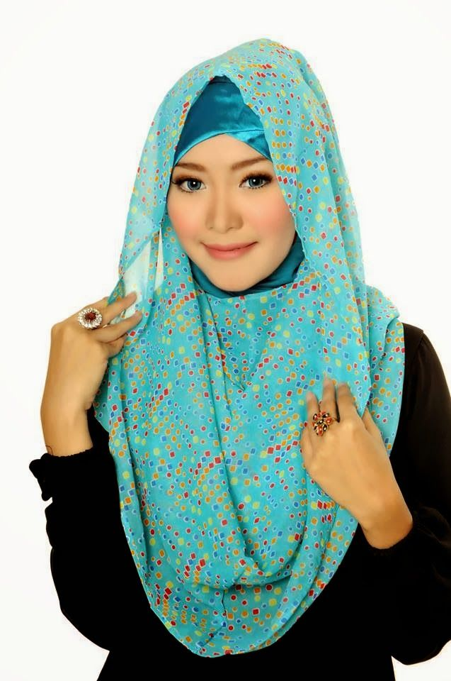 D'style Hijab menghadirkan Hijab fashion style motif Floral. Hijab Instant modern yang cantik ^_^ CHIFFON PRINTED PEAFOWL Type : Flip Back, Inner Exclude Material : Chiffon Price : IDR 65.000 Code : CPP-TORQOUISE BLUE Order : Pin BB 2A26B0A1 SMS 0823 1872 8888  KOLEKSI LENGKAP:  - http://pusatjilbabinstant.blogspot.com/ - https://www.facebook.com/pages/Pusat-Busana-Muslim-Modern-from-Dstyle-Group/519033388138429  Happy Shopping Thank You ^_^