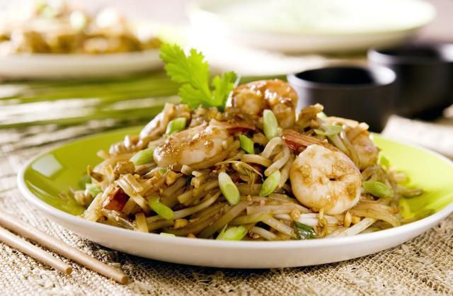 how to make tamarind sauce for pad thai