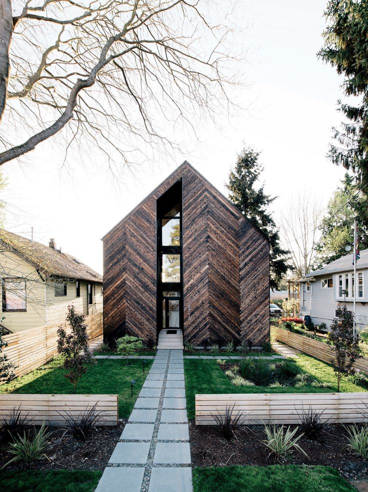 """enochliew: """" Palatine Passive House by Malboeuf Bowie Architecture With an airtight envelope, continuous high-performance insulation, and managed solar gain, the home uses 90% less energy than required by standard building code. """""""
