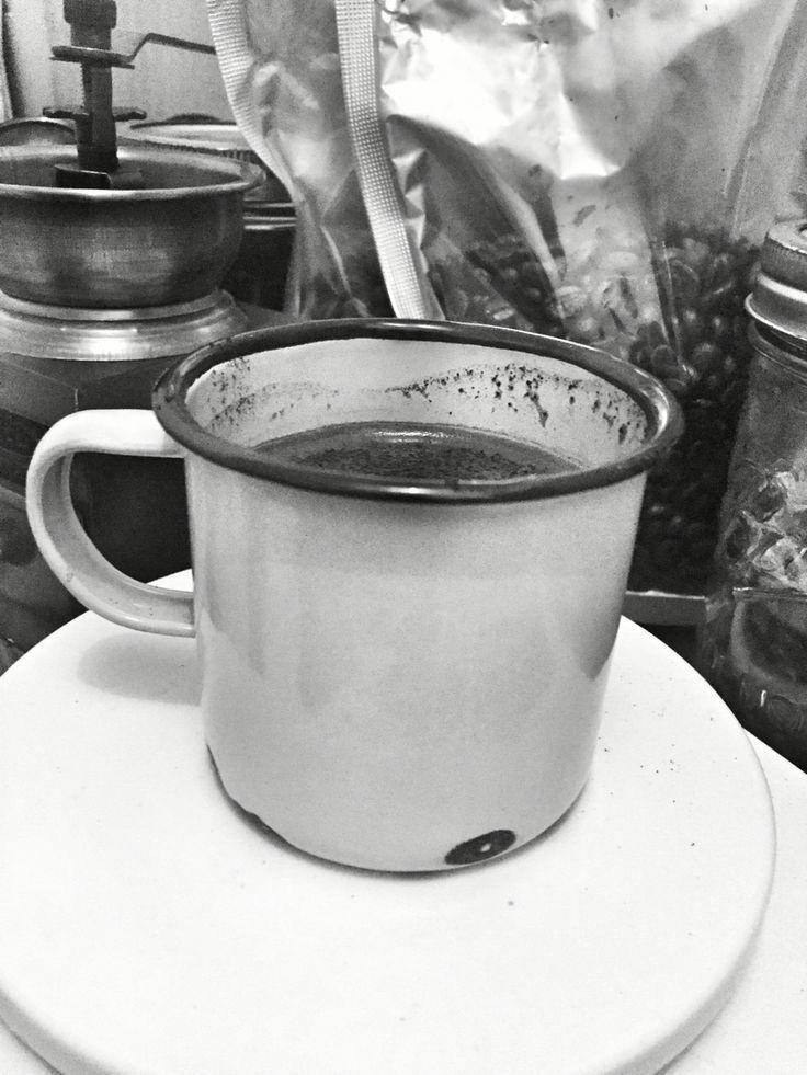Good morning Jakarta with sumbawa robusta hot coffee #espresso #coffeetime #coffee #robusta #kopi #sumbawa #indonesia #kopihariini