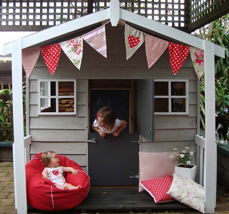 Small Playhouse Footprint : 1.8m (W) x 1.8m (D) x 1.8m (H) The Small playhouse is made with Rough Sawn Treated Pine Weatherboard, Decking and Timber. It is complete with iron roof, clearlight panel and pickets. Extras Stilts from 200mm high to 1500mm, Includes ladder Sand-pit under Stilts Barn-Door Delivery / Delivery & Assembly Front Railing Fixed Perspex Windows Sliding Perspex Windows Macrocarpa and cedar playhouses