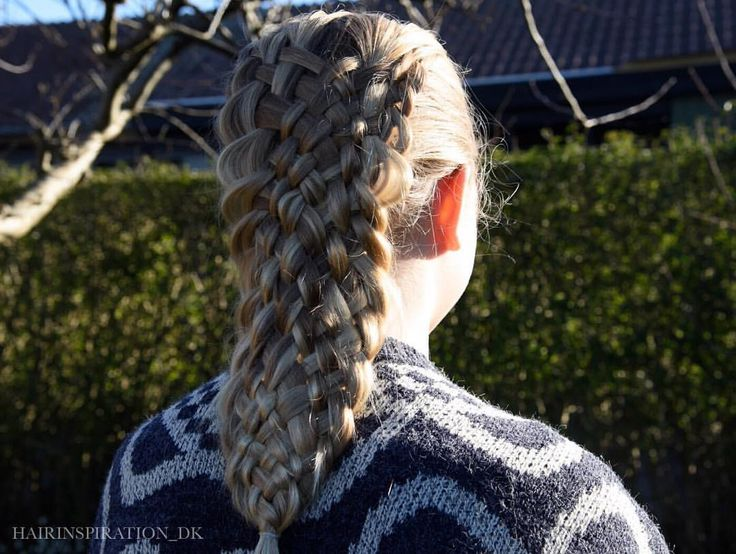 Dutch 11 strand braid It is not perfect but I'm pretty happy about it. (Well considering it is my 2nd try) Happy Sct. Patrick's day!! •  #hairsryles_for_girls#hair #hairstyle #instahair#hairstyles#hairdo#braid #hairoftheday #hairideas #braidideas #hairfashion #hairofinstagram #featuremebraids @featureaccount_ #cgh @cutegirlshairstyles #fletning#ab_feature#CGHPhotoFeature#featuremejehat#hairinspiration#hairinspiration_dk#braids#pretty#beautiful#festhår#hår#hairinspo#instabraid#yiyayellowfea