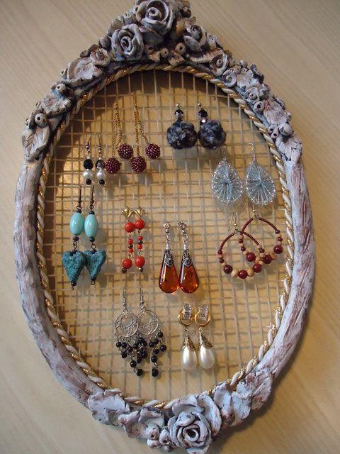 17 migliori idee su espositore per gioielli su pinterest appendi collane conservare gioielli - Porta gioielli fai da te ...