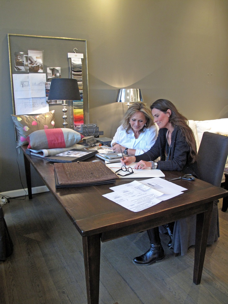 Jytte and Henriette are working on a case in the French Alps