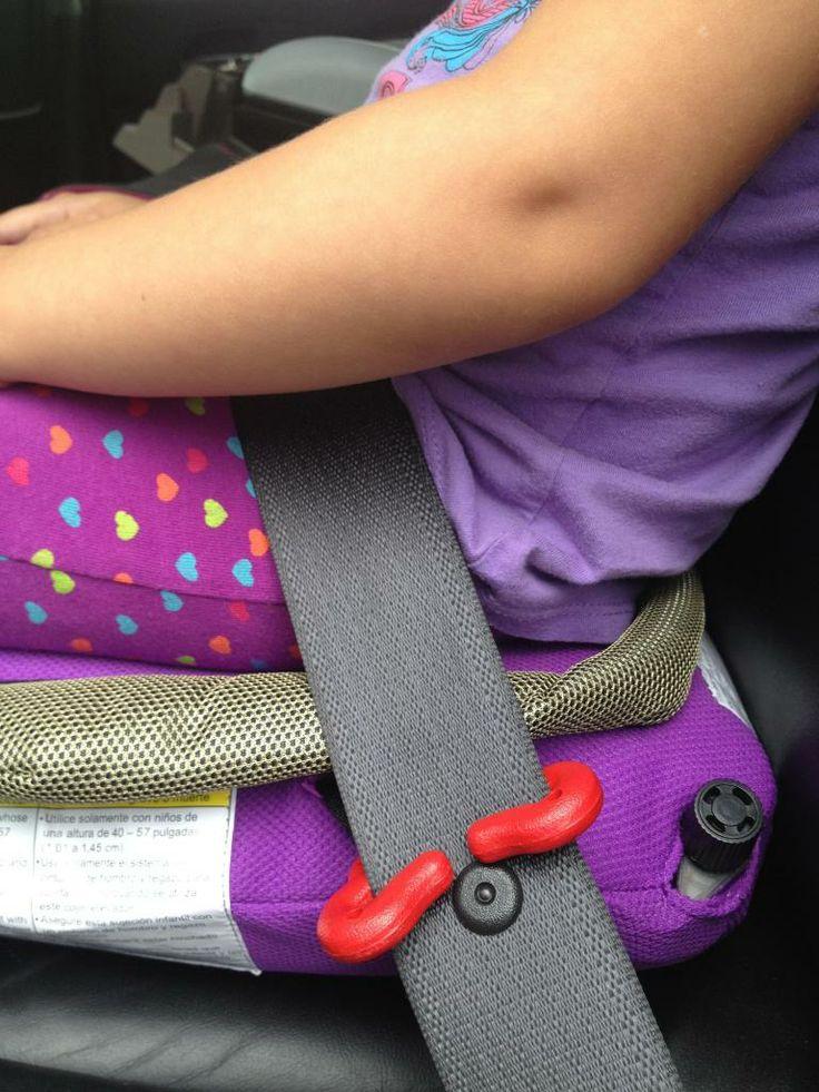 Araçlarda çocuk oto koltuğu bulundurma zorunluluğu olduğundan yer kaplayan büyük bebek koltukları yerine hafif ve pratik olan BubbleBum bebek araç koltukları, hayatınızı kolaylaştırır.   http://www.bebekform.com/urun/57-BBTCK_BubbleBum-Tasinabilir-Cocuk-Arac-Koltugu.html