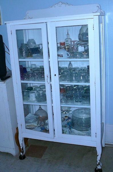 Kijiji vaisselier en chene vitr a trois cot s avec for Accessoires de salle de bain kijiji