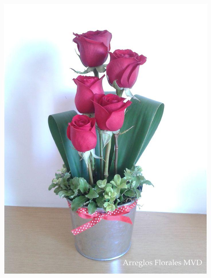 Red roses for San Valentin, Arreglos Florales MVD