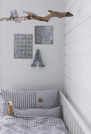 Mooie #babykamer met basic kleuren | Simple and basic #babyroom