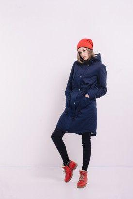 Темно-синяя куртка парка с капюшоном на меху Lilo. Купить в Lilo - производитель женской одежды: пальто, платье, сарафан, брюки